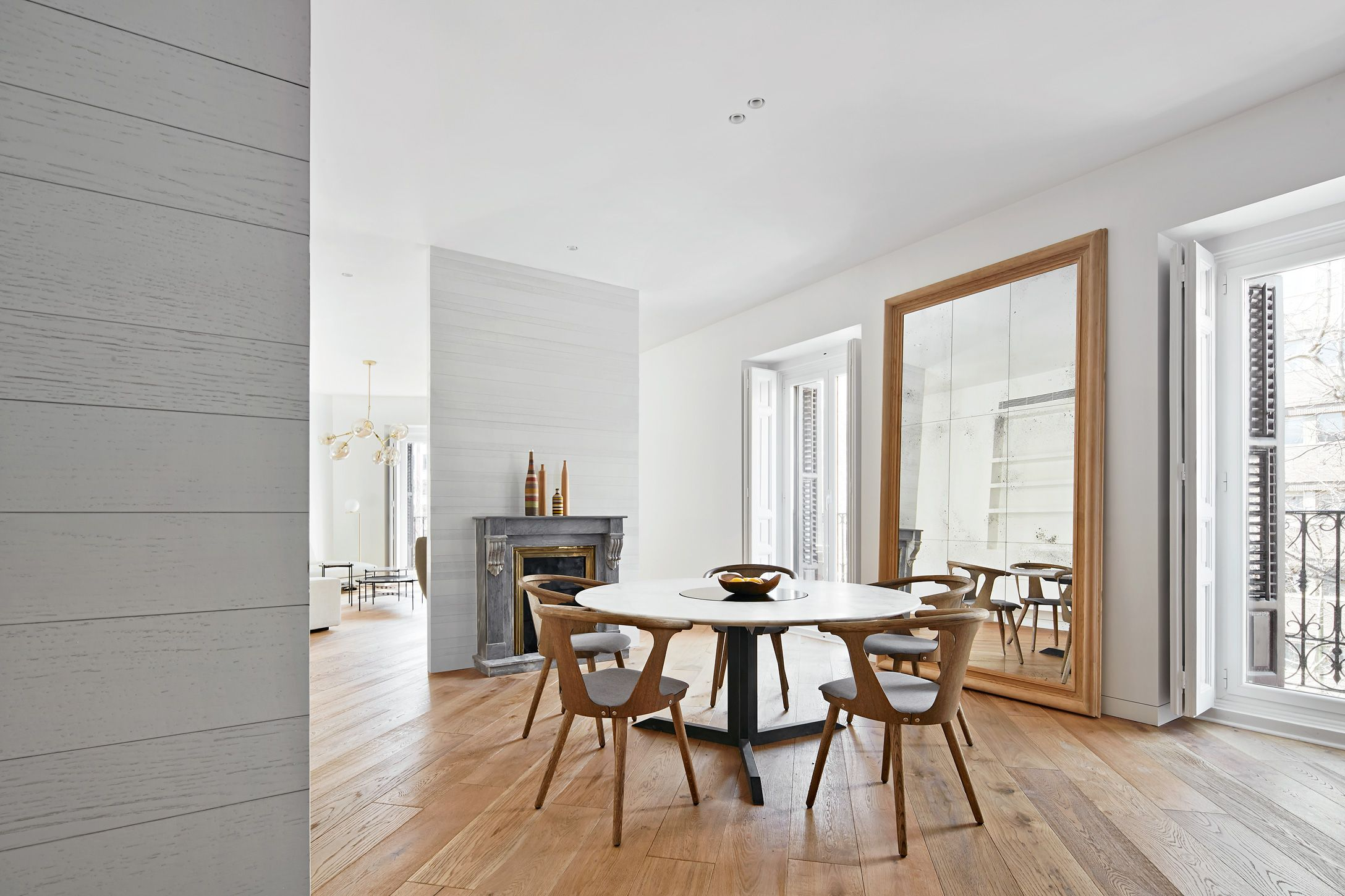 Casa PV2 |A modern apartment in Madrid - House-Diaries.com